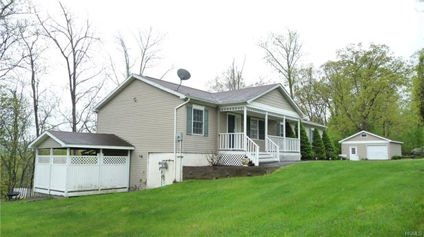 Raised Ranch,Ranch,Two Story, Single Family - Goshen, NY (photo 2)