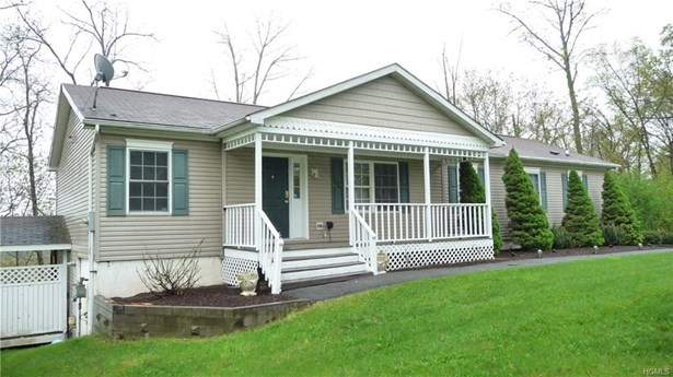 Raised Ranch,Ranch,Two Story, Single Family - Goshen, NY (photo 3)