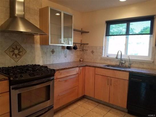 Condominium, Garden Apartment - Monroe, NY (photo 3)