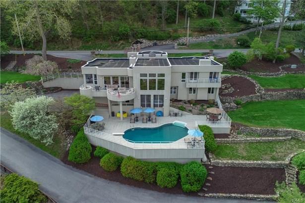 Contemporary,Mini Estate, Single Family - Newburgh, NY (photo 2)