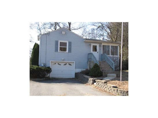 Raised Ranch,Ranch, Single Family - Middletown, NY (photo 1)