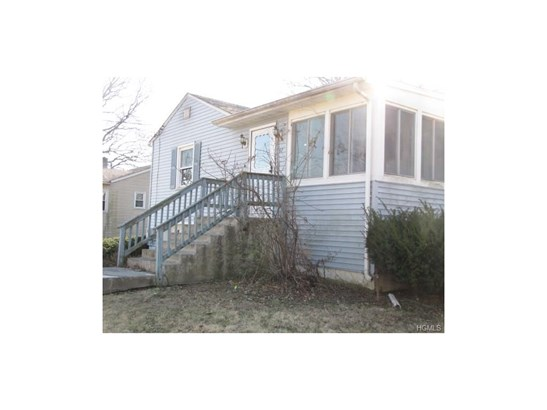 Raised Ranch,Ranch, Single Family - Middletown, NY (photo 2)