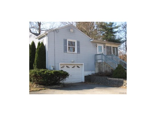 Raised Ranch,Ranch, Single Family - Middletown, NY (photo 3)