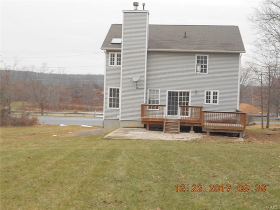 Colonial,Two Story, Single Family - Middletown, NY (photo 3)