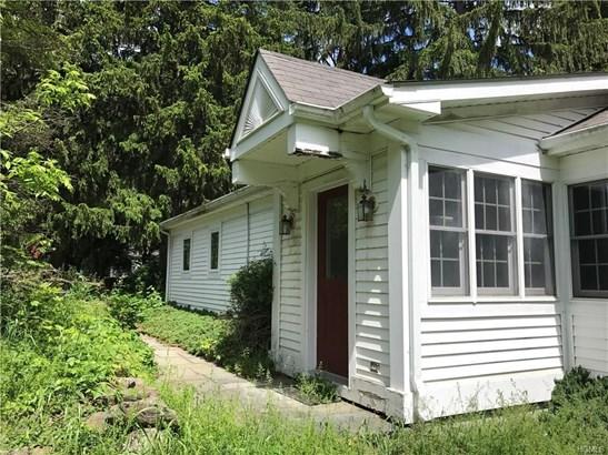 Cottage,Ranch, Single Family - Wallkill, NY (photo 2)