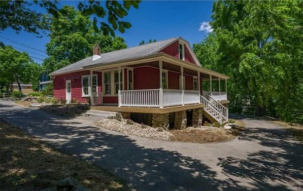 Colonial,Farm House, Single Family - Cornwall, NY (photo 1)