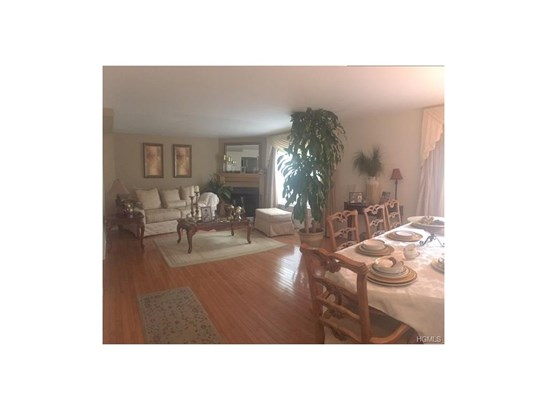 Condominium, Town House - Middletown, NY (photo 3)