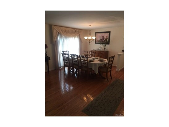 Condominium, Town House - Middletown, NY (photo 5)