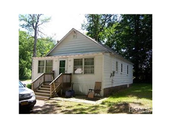 Multi Family (2-4 Units), Bungalow - Bloomingburg, NY (photo 1)