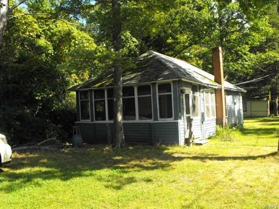 Bungalow,Cottage, Single Family - Wurtsboro, NY (photo 1)
