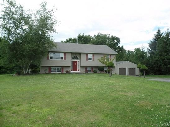 Bilevel,Raised Ranch, Single Family - Wallkill, NY (photo 2)