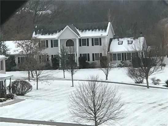Colonial,Contemporary, Single Family - Marlboro, NY (photo 1)