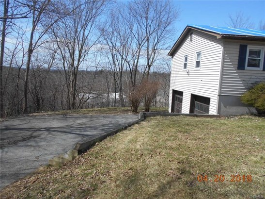 Ranch, Single Family - Goshen, NY (photo 2)
