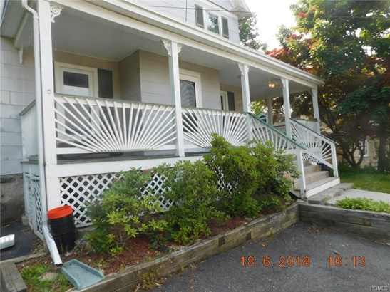 Flats, Two Story - Middletown, NY (photo 1)