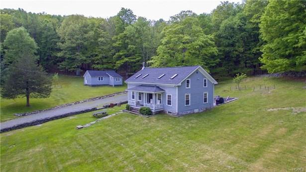 Colonial, Single Family - Wurtsboro, NY