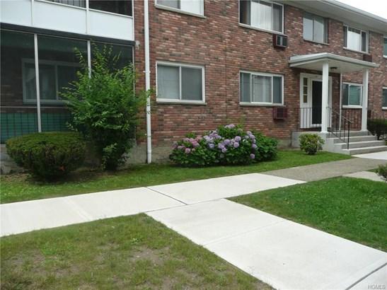 Condominium, Garden Apartment - New Windsor, NY (photo 1)