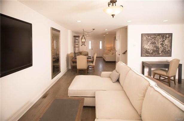 Condominium, Town House - New Windsor, NY (photo 4)