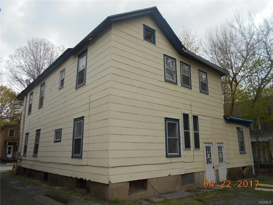 Colonial,Two Story, Single Family - Port Jervis, NY (photo 4)