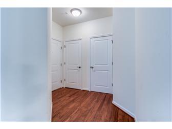 Foyer with hardwood flooring (photo 2)