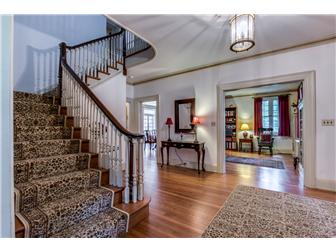 Enter Open Two Story Foyer  (photo 4)