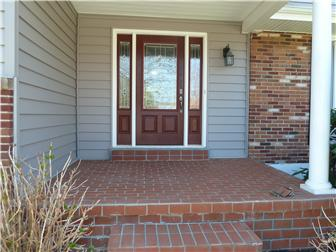 Beautiful Entrance Door (photo 3)