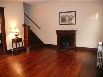Great entertaining room (photo 5)