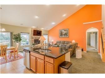 Kitchen/Great Room (photo 5)