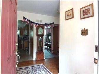 Spacious Foyer (photo 3)