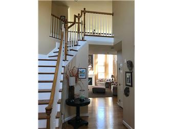 Beautiful two story foyer (photo 2)