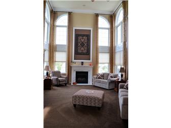 Breathtaking Family Room (photo 5)