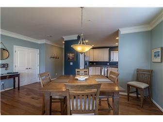 Open Concept-Perfect for Entertaining (photo 5)