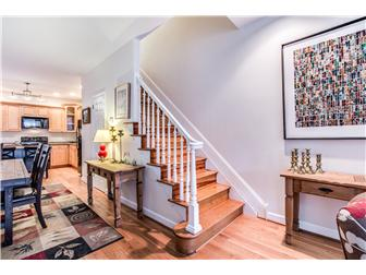 Charming staircase to the 2nd floor (photo 5)