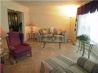 Formal living room off hardwood entrance hall (photo 2)