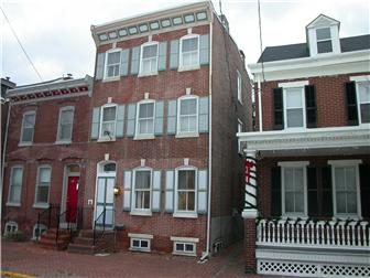 523 Delaware St, New Castle, DE - USA (photo 1)