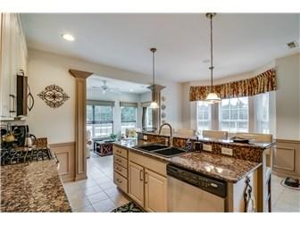 Delightful kitchen (photo 5)