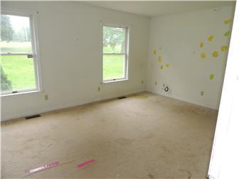 Bedroom - Main Floor (photo 5)