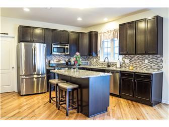 Kitchen with SS Appliances & Center Island (photo 5)