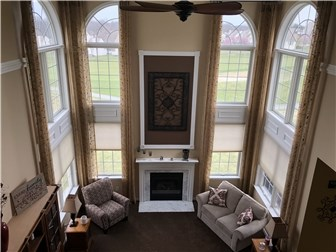 Beautiful two story living room. (photo 3)
