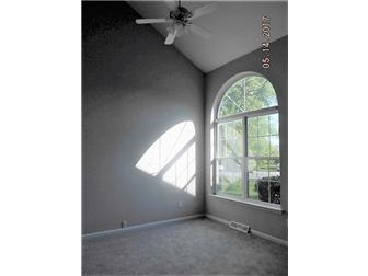 Living Room w/Vaulted Ceiling (photo 3)