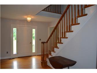 2-story foyer (photo 2)