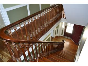 Staircase (photo 4)