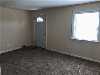 Fresh Paint and Carpet (photo 4)