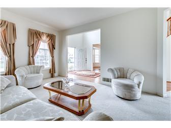 Lovely Living Room (photo 3)