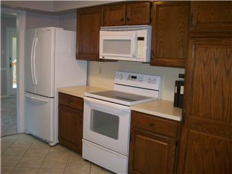 Electric Range and Built In Microwave (photo 4)