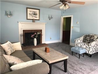 Living room w fireplace (photo 2)