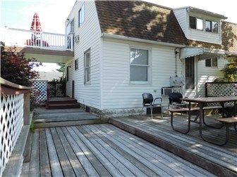 Great large deck plus roof deck plus covered porch (photo 5)