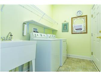 Laundry Room (photo 5)