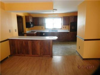 KITCHEN AND DINING ROOM (photo 5)