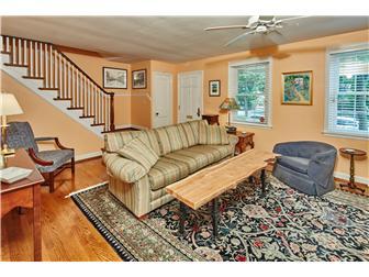 Living Room with Hardwood Floors (photo 5)