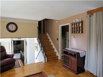 Hardwood Parquet Floors Throughout (photo 4)